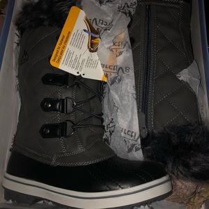 Mid Calf Faux Fur Snow Boots
